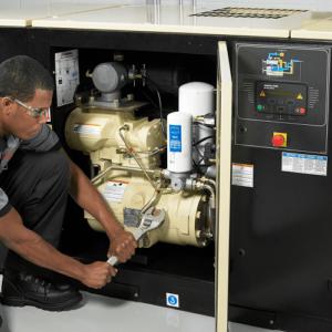 Bảo dưỡng máy nén khí trục vít định kỳ đảm bảo các tiêu chuẩn kỹ thuật