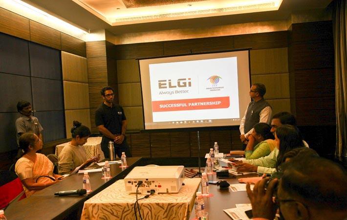 Các nhà lãnh đạo tạp đoàn máy nén khí ELGI